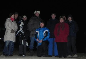 Gruppenfoto beim Außentermin in Kühsen