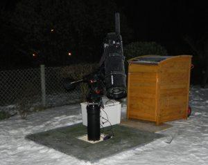 Himmelsbeobachtung im Schnee