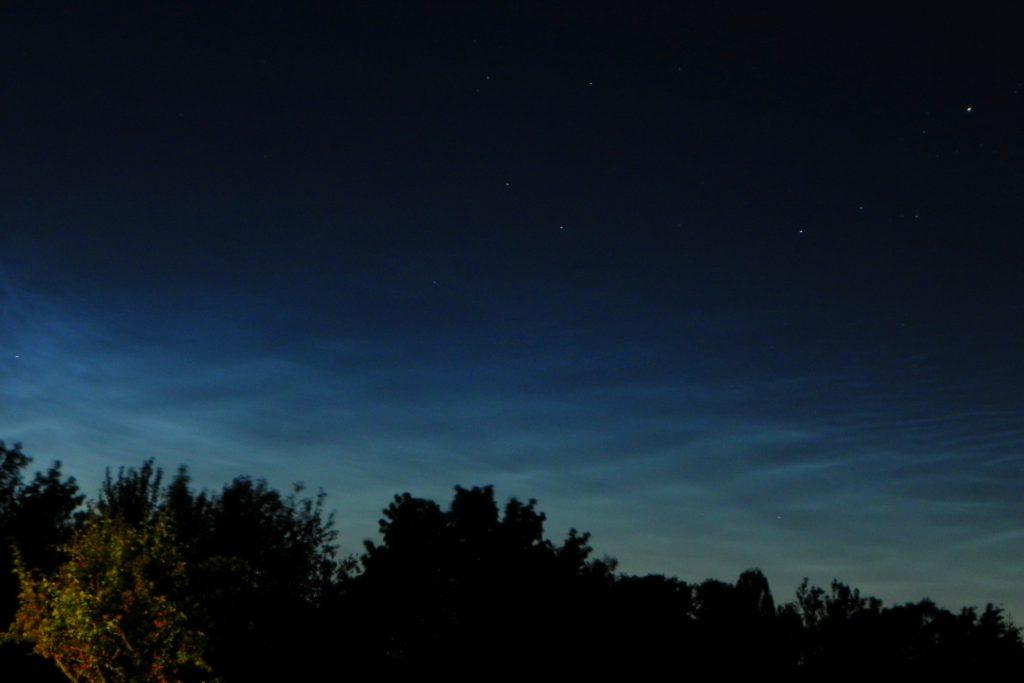 Leuchtende Nachtwolken (NLCs)